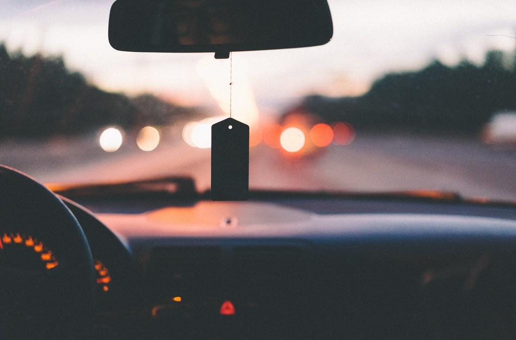 tableau de bord d'une voiture